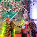 Juara Harapan II Lomba Kantin Sehat dan Juara Harapan II Menu Jajajan Kantin Sehat tingkat Jawa Timur